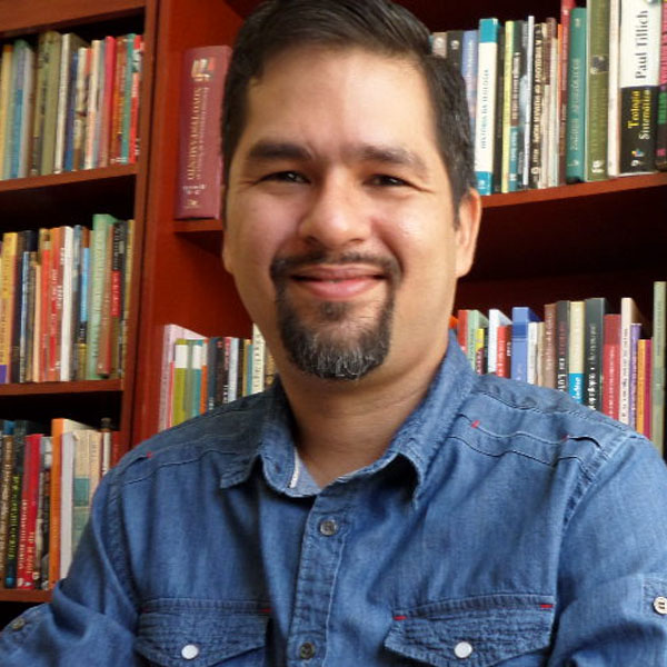 Pr. Henrique Araujo
